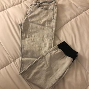 White and black jeans with jogger bottom